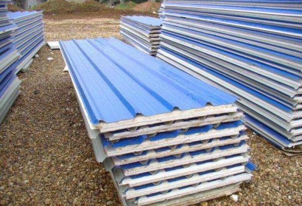 内蒙古钢构彩板岩棉彩钢板厂家是怎样为客户节省运费的?