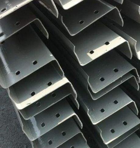 集宁彩钢瓦活动板房自身重量轻